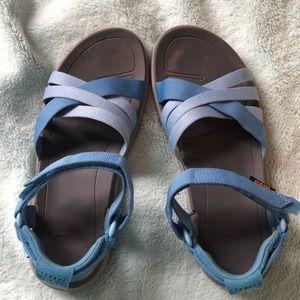 Teva Blue Sandals Sz 7